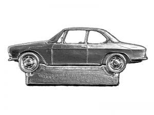 Auto aus Pappe