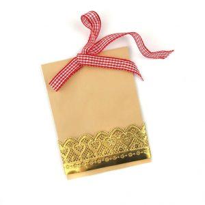 Einladungskarte Spitzenbordüre aus Pappe